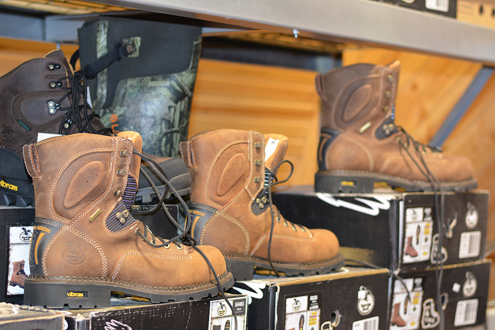 Middle Mountain Sporting Goods offers hunting & fishing boots in Randolph County, WV